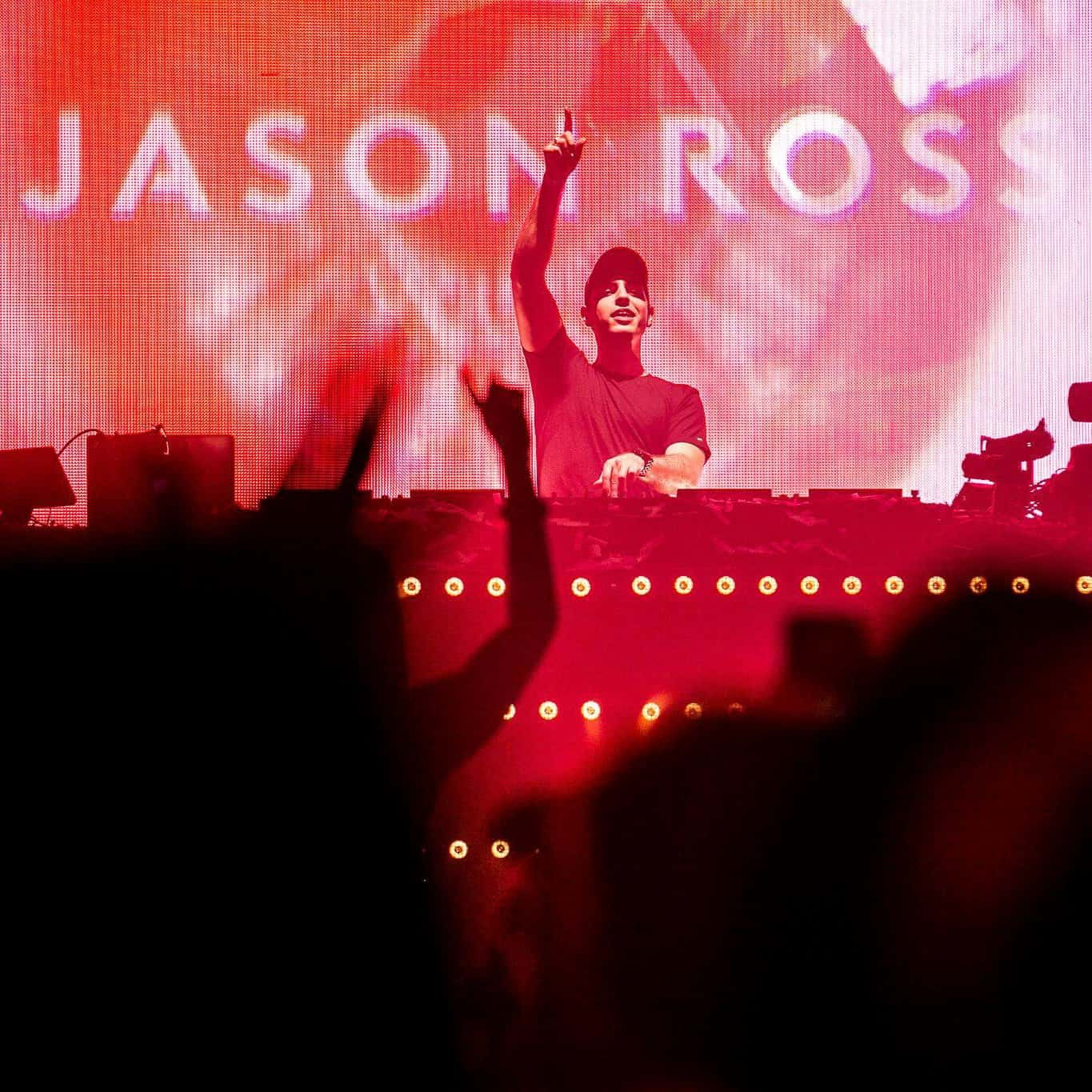 Jason Ross live at Group Therapy 200