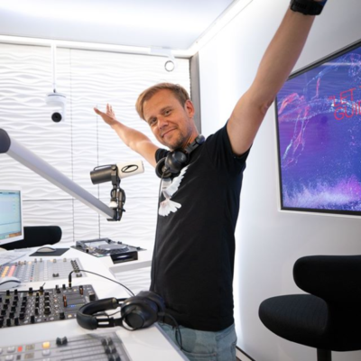 C:\Users\User\Downloads\A State Of Trance 967 (04.06.2020) with Armin van Buuren & Ferry Corsten.png